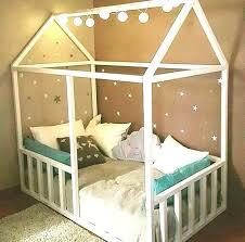 diy deco chambre enfant lit enfant cabane pas cher lit cabane pour fille diy un lit cabane