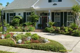 Landscape Arrangements For Your Houses Front Gardening Flowers - Home landscaping design