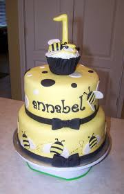 bumble bee cake topper bumblebee 1st birthday cake beth s