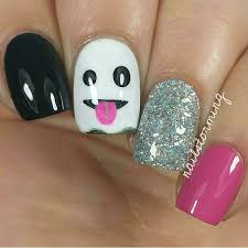 best 25 halloween nail art ideas on pinterest halloween nails