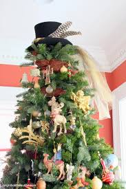 tree tops decorating black tree topper