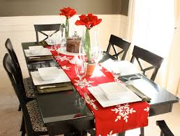 the yellow cape cod valentines table with christmas decor
