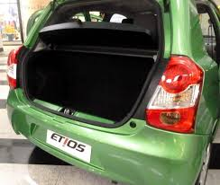 Excepcional Raio-X dos Toyota Etios Hatch e Sedan &LG87