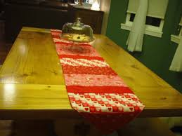 make christmas table runner how to make a simple table runner youtube