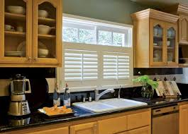 kitchen window blinds ideas best 25 cafe shutters ideas on plantation blinds