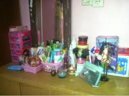 Satu Set Alat Make Up Wardah bongkar isi meja rias makeup table