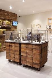 Shop Display Cabinets Uk Best 25 Jewellery Shop Design Ideas On Pinterest Jewelry Shop