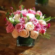 flower delivery nyc tenderness flower delivery nyc manhattan florist 10019 white pink