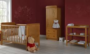 chambre bebe winnie obaby chambre bébé winnie the pooh pine disney baby uk458o