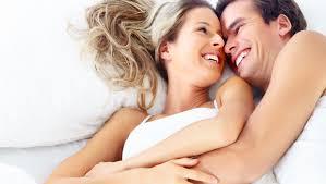 puaskan istri dengan melakukan hubungan di 4 waktu paling manjur ini