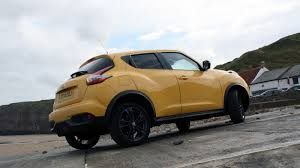 nissan juke black 2015 nissan juke tekna real world road test carwow