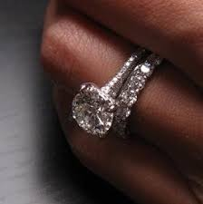 love love love the cut one day my hair will look like this cut but i don t like the ugly love love love this ring and wedding ring together wedding 3