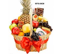 fruits and blooms basket send fruit and gourmet baskets in fairfield ct tom thumb florist