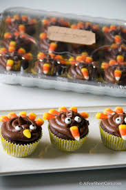 turkey thanksgiving cupcakes turkey cupcakes a few shortcuts