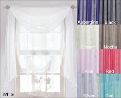 Drapes For Bay Window Pictures Living Room Marvelous Red Scarf Window Treatment Window