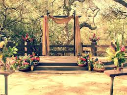 Stage  Vintage Wedding Ideas Which Look Exotic Wedding - Backyard stage design