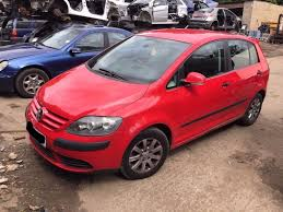 volkswagen hatchback 2005 volkswagen golf plus hatchback 2005 2010 mk5 1 9 tdi se 5dr red