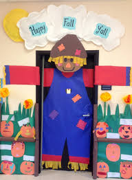 ideas about fall classroom door on pinterest big scarecrow for