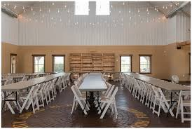 Furniture Barn Mn Minnesota Barn Wedding Venue The Outpost U2014 Lumos Images