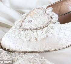 diana shoes princess diana s back up wedding dress and shoes sell for 84k