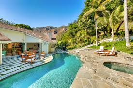 serra retreat luxury retreats