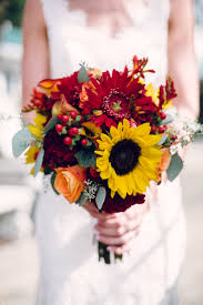 Wedding Flowers Hunter Valley A Touch Of Fall Glamorous Knoxville Wedding From Red Boat