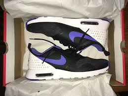 siege nike brand boxed nike air max tavaz size 11 in park