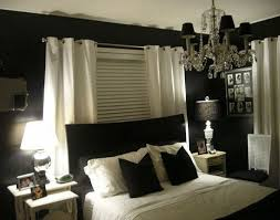 Master Bedroom Decorating Ideas Dark Furniture Black And White Master Bedroom Decorating Ideas Master Bedroom