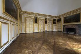 Fenetre Oeil De Boeuf Ovale L U0027appartement Du Roi Château De Versailles