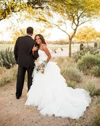 Outdoor Wedding Dresses Outdoor Wedding Ideas And Venues David U0027s Bridal