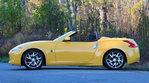 new nissan z 2016 2017 nissan 370z roadster review old dog same tricks