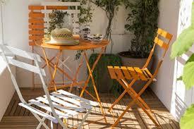 balkonmã bel kleiner balkon balkonmã bel ideen 2017 kleiner balkon gestalten weiãÿ orange