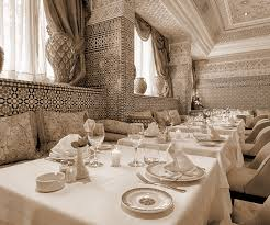 design cuisine marocaine restaurant with belly dancers casablanca basmane