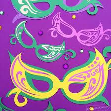 make your own mardi gras mask mardi gras mask decor diy with cricut 100 directions
