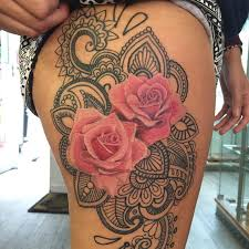 collection of 25 beautiful anchor with roses tattoos on thigh