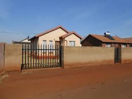 2 bedroom house for sale for sale in thokoza private sale