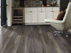 Shaw Resilient Flooring Shaw Floors U0027 Resilient Vinyl Plank In Easy Style Is A Marriage