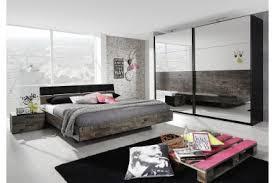 chambre a coucher complet chambre a coucher moderne en bois massif trendy chambre a coucher