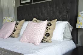 bed pillows pretty dubs 14 ways to arrange bed pillows