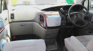 nissan urvan interior car picker nissan elgrand interior images