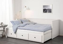chambre brimnes decoration 140x200 cadre bois avec cm pas lit brimnes femme coucher