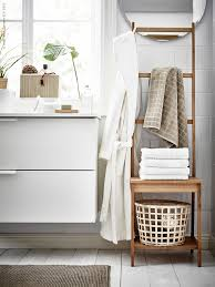 grund stol med handdukshA ngare flA tade rottingkorgar gaddis och add some colour and softness your bathroom with our range textiles find towels bath mats face cloths lots colours sizes designs