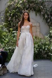corset wedding dress what to wear your wedding dress fashionista