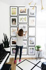 Picture Frame Wall by Best 25 Stair Photo Walls Ideas On Pinterest Wall Picture