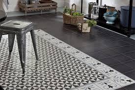 sol vinyle cuisine sol vinyle imitation carrelage des carreaux de ciment sans se ruiner