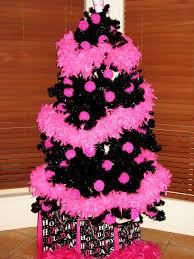 kerrie gurney 2009 christmas tree
