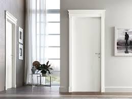 porte interni bianche porte interne in stile neoclassico le porte terzo millennio
