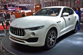 maserati car 2018 could a v8 powered maserati levante topple the porsche cayenne turbo