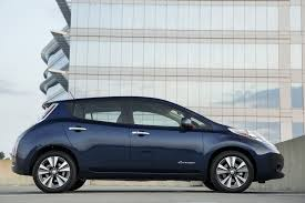 nissan leaf quick charge time bigger battery gives new nissan leaf 107 miles on a single charge