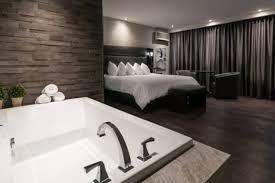 hotel baignoire dans la chambre hôtel le voyageur hotels sept îles sector of sept îles lodging